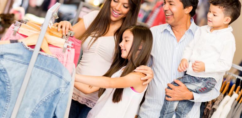 Hogyan vásároljunk olcsón gyerekruhát?