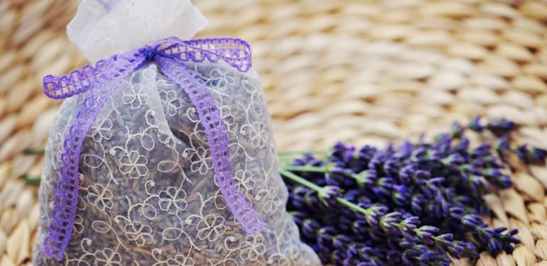 Hogyan készítsünk levendula zsák illatosítót