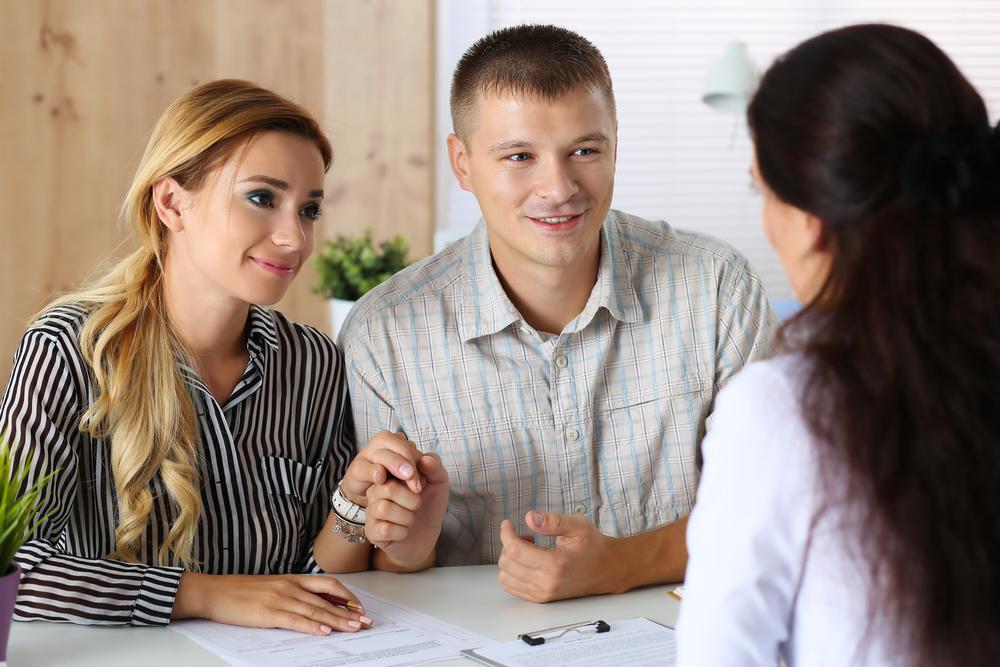 A családnak segítségnyújtás hitelfelvételhez, fedezet nélkül