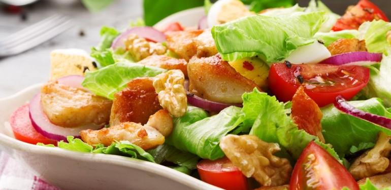 Izgalmas csirke saláta variációk