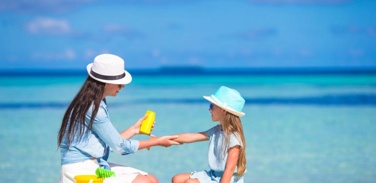 Így óvhatod meg a bőrödet nyáron is