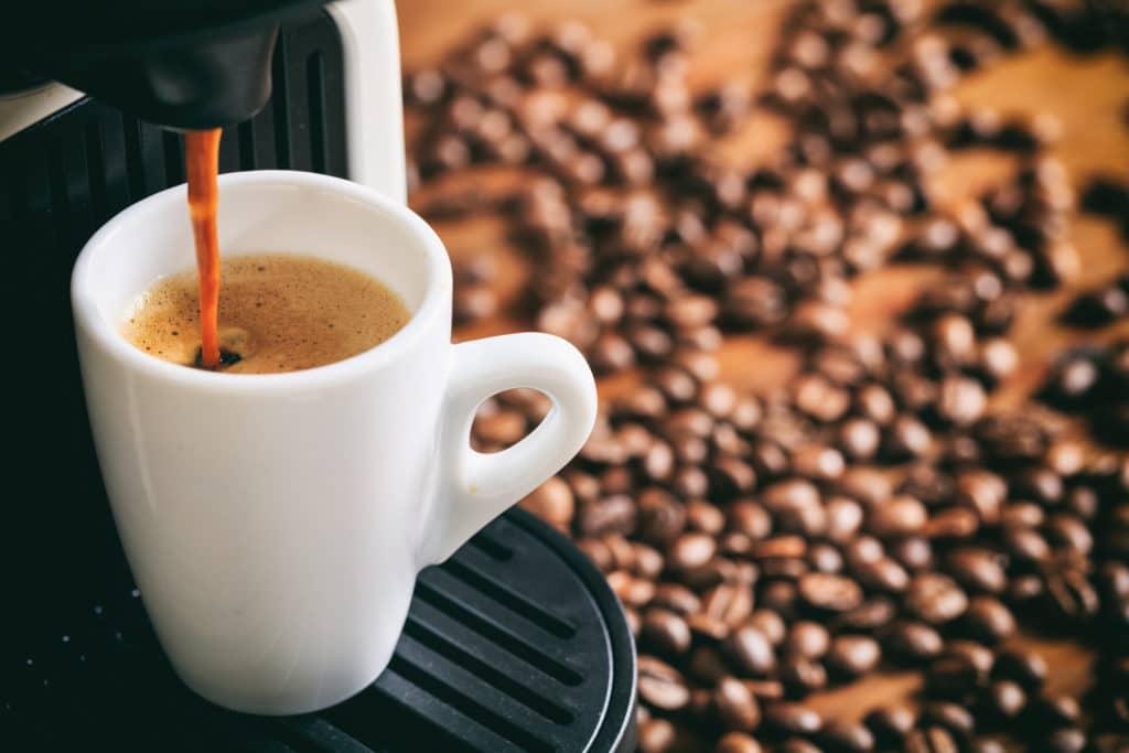 Kapszulás kávéfőzővel gyorsabb a reggeli elkészülés!